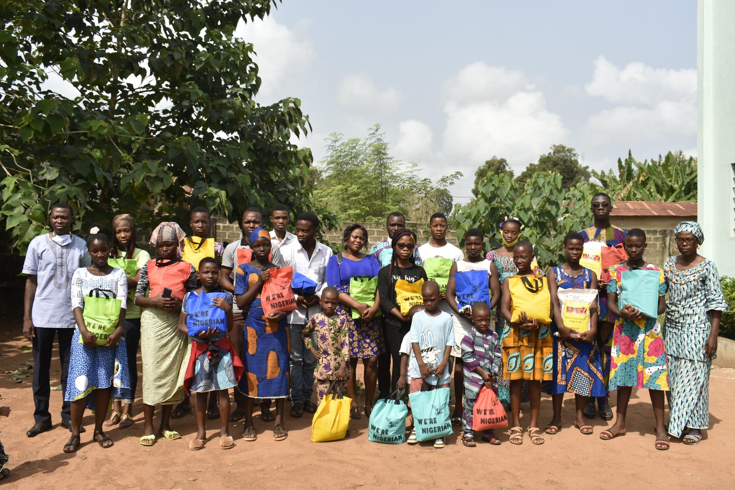 Don de vivres aux enfants parrainés et aux enfants vulnérables soutenus ponctuellement